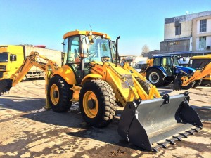 NEW HOLLAND LB115.B